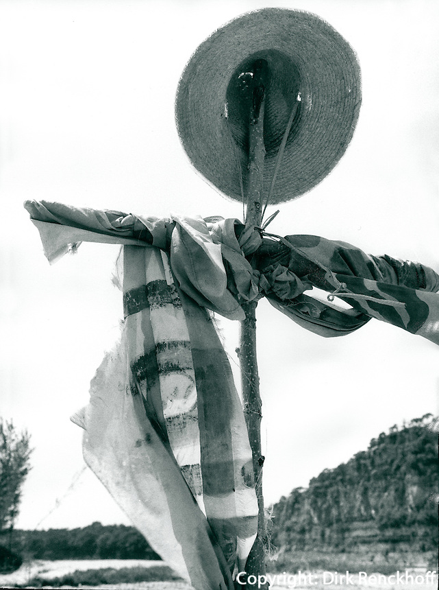 Vogelscheuche in Korea 1986