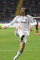 Luca Toni (Bayern)<br /> Eintracht Frankfurt vs. FC Bayern Muenchen, Commerzbank Arena<br /> *** Local Caption *** Foto ist honorarpflichtig! zzgl. gesetzl. MwSt. Auf Anfrage in hoeherer Qualitaet/Aufloesung. Belegexemplar an: Marc Schueler, Am Ziegelfalltor 4, 64625 Bensheim, Tel. +49 (0) 6251 86 96 134, www.gameday-mediaservices.de. Email: marc.schueler@gameday-mediaservices.de, Bankverbindung: Volksbank Bergstrasse, Kto.: 151297, BLZ: 50960101