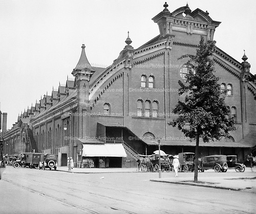 0613-B002.  Convention Hall Market, 5th & K streets. Washington DC. 1922
