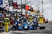 Verizon IndyCar Series<br /> Kohler Grand Prix<br /> Road America, Elkhart Lake, WI USA<br /> Sunday 25 June 2017<br /> Tony Kanaan, Chip Ganassi Racing Teams Honda pit stop<br /> World Copyright: Michael L. Levitt<br /> LAT Images