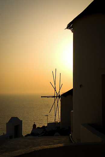 The windmills of Santorini provide a perfect backdrop during sunset. Initially used by the locals in agriculture, they have been transformed into luxurious villas and small hotels which accommodate Santorini's numerous visitors.