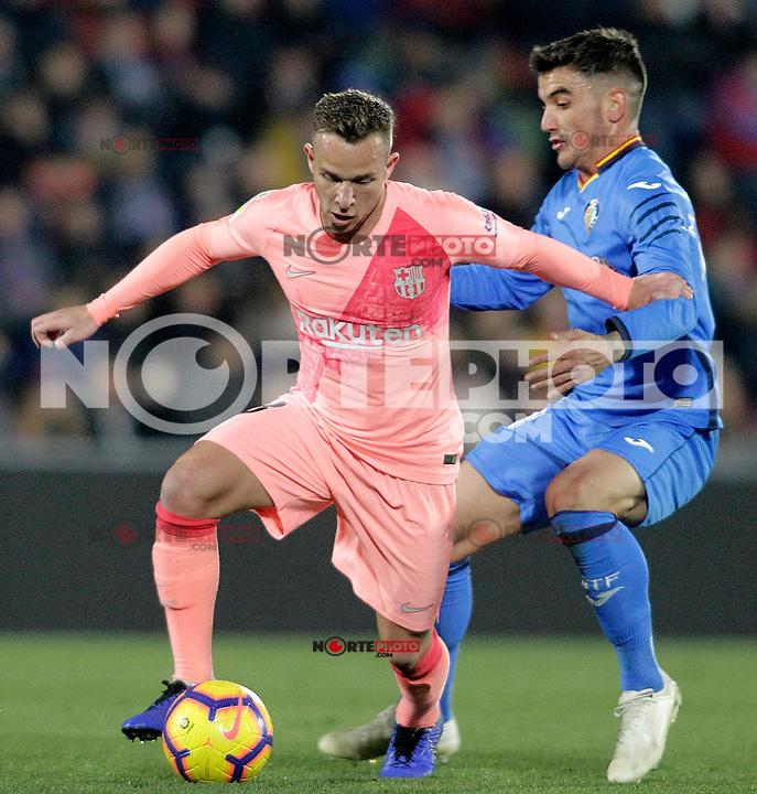 Getafe CF's Mauro Arambarri (r) and FC Barcelona's Arthur Melo during La Liga match. January 6,2019. (ALTERPHOTOS/Acero) /NortePhoto.com