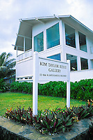 The Art Gallery of renowned photographer Kim Taylor Reese who specializes in fine art photographs of Hula Dancers. Located along Kamehameha highway on oahu's windward side.