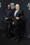 Bischof Tesmond Tuto und FIFA Praesident Josef Sepp Blatter auf dem roten Teppich (Andreas Meier/EQ Images)