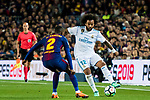 Marcelo Vieira Da Silva (R) of Real Madrid fights for the ball with Nelson Cabral Semedo of FC Barcelona during the La Liga 2017-18 match between FC Barcelona and Real Madrid at Camp Nou on May 06 2018 in Barcelona, Spain. Photo by Vicens Gimenez / Power Sport Images