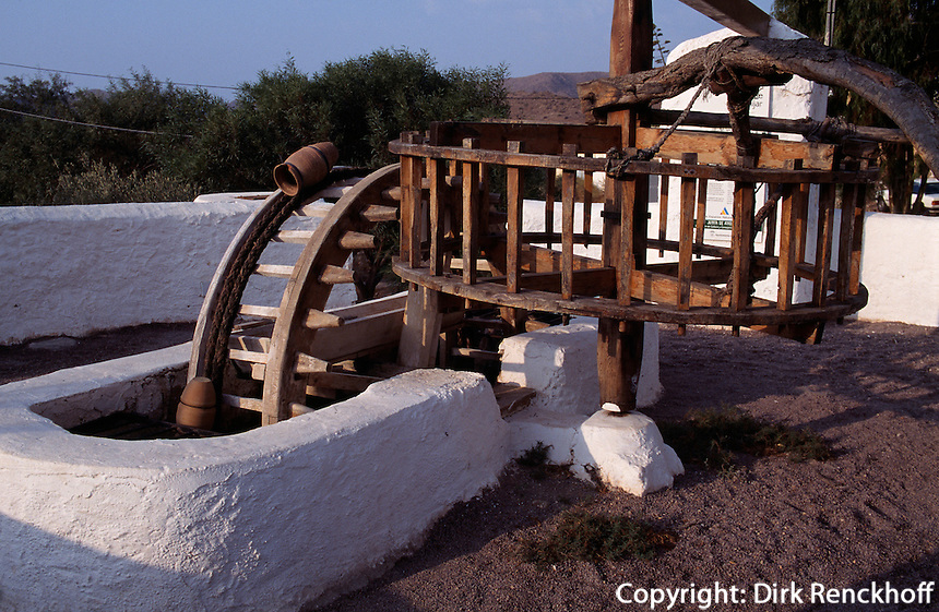Wasserrad Pozo de los Frailes in der Provinz Almeria, Andalusien, Spanien