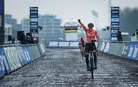 Lucinda Brand (NED/Baloise-Trek Lions) winning the World Championships <br /> <br /> UCI 2021 Cyclocross World Championships - Ostend, Belgium<br /> <br /> Women's Race<br /> <br /> ©kramon