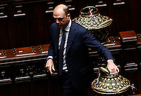 Il dMinistro dell'Interno Angelino Alfano depone la scheda nell'urna durante la seduta comune di deputati e senatori per l'elezione del nuovo Presidente della Repubblica, alla Camera dei Deputati, Roma, 29 gennaio 2015.<br /> Italian Interior Minister Angelino Alfano casts his ballot during a joint plenary session of senators and deputies to vote for the election of the new President, at the Lower Chamber, Rome, 29 January 2015.<br /> UPDATE IMAGES PRESS/Riccardo De Luca