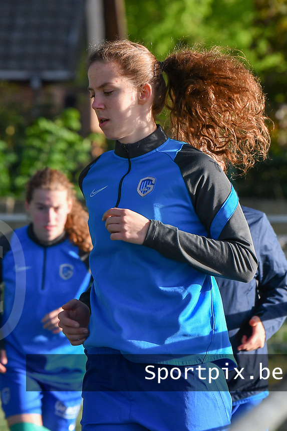 Hanne Merkelbach (25) of KRC Genk pictured during the warming up of a female soccer game between  Racing Genk Ladies and SV Zulte-Waregem on the 7 th matchday of play off 2 in the 2020 - 2021 season of Belgian Scooore Womens Super League , friday 14 th of May 2021  in Genk , Belgium . PHOTO SPORTPIX.BE   SPP   JILL DELSAUX