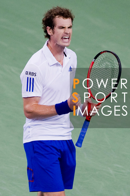SHANGHAI, CHINA - OCTOBER 17:  Andy Murray of Great Britain celebrates a point to Roger Federer of Switzerland during their singles final match during day seven of the 2010 Shanghai Rolex Masters at the Shanghai Qi Zhong Tennis Center on October 17, 2010 in Shanghai, China.  (Photo by Victor Fraile/The Power of Sport Images) *** Local Caption *** Andy Murray