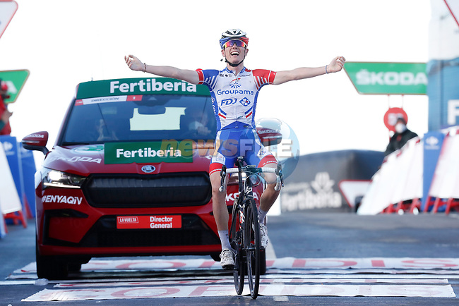 David Gaudu (FRA) Groupama-FDJ from the breakaway wins solo Stage 17 of the Vuelta Espana 2020, running 178.2km from Sequeros to Alto de la Covatilla, Spain. 7th November 2020. <br /> Picture: Luis Angel Gomez/PhotoSportGomez | Cyclefile<br /> <br /> All photos usage must carry mandatory copyright credit (© Cyclefile | Luis Angel Gomez/PhotoSportGomez)