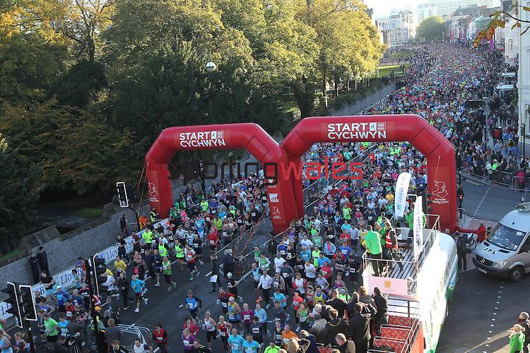 Cardiff Half Marathon 2012.14.10.12.CREDIT:  STEVE POPE - SPORTINGWALES