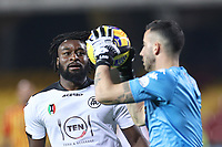 Mbala Nzola of Spezia Calcio and Lorenzo Montipo of Benevento Calcio compete for the ball<br /> during the Serie A football match between Benevento Calcio and Spezia Calcio at stadio Ciro Vigorito in Benevento (Italy), November 7th, 2020. <br /> Photo Cesare Purini / Insidefoto