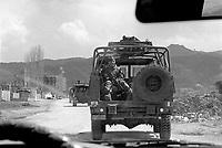- operation Alba of  Italian Armed Forces after the civil war of spring 1997, navy infantrymen of S.Marco battalion patrols Valona<br /> <br /> - operazione Alba delle forze armate italiane dopo la guerra civile della primavera 1997, fanti di marina del battaglione S.Marco pattugliano Valona