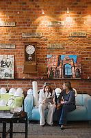 Europe/Pologne/Lodz: le Complexe Manufaktura dans l'ancienne fabrique de textile de Poznanski - le Hall