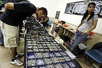 Seconda giornata dell'International Tattoo Expo, convention internazionale dell'arte del tatuaggio, a Roma, 10 maggio 2008. Gioielleria da piercing in vendita..International Tattoo Expo in Rome, 10 may 2008. Piercing jewellery on sale..UPDATE IMAGES PRESS/Riccardo De Luca