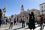 Healthcare workers gather at Puerta del Sol during a demonstration calling for better conditions amid the coronavirus pandemic on October 12 in Madrid, Spain.(ALTERPHOTOS/ItahisaHernandez)