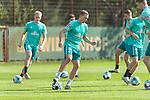 15.09.2020, Trainingsgelaende am wohninvest WESERSTADION - Platz 12, Bremen, GER, 1.FBL, Werder Bremen Training<br /> <br /> <br /> Julian Rieckmann (Werder Bremen II #33)<br /> Kevin Möhwald / Moehwald (Werder Bremen #06)<br /> <br /> Querformat<br />  ,Ball am Fuss, <br /> <br /> <br /> Foto © nordphoto / Kokenge
