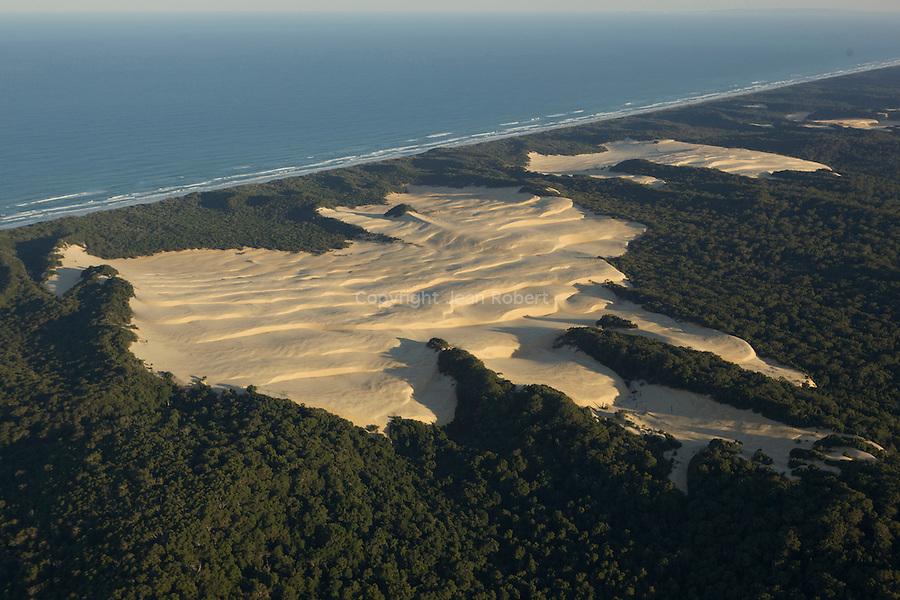 aerial view of sandblow, fraser island
