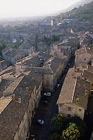 Europe/Italie/Ombrie/Gubbio : Vue sur les toits de la ville depuis le palais Dei Consoli
