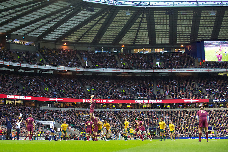 General view of a lineout during the Cook Cup between England and Australia, part of the QBE International series, at Twickenham on Saturday 17th November 2012 (Photo by Rob Munro)