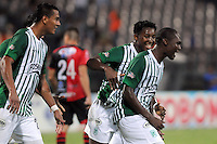 MEDELLêN -COLOMBIA-09-11-2013.  Luis Muriel(Der) del Atletico Nacional celebra su gol  contra el Cucuta Deportivo durante partido de la 18 fecha del la Liga Postob—n 2013-1 realizado en el estadio Atanasio Girardot de Medell'n./  Luis Muriel (Der) of Atletico Nacional celebrates his goal against Deportivo Cucuta during the 18th game of the League Postob—n date 2013-1 made ??in the Atanasio Girardot stadium in Medellin.  Photo:VizzorImage / Luis Rios / Stringer