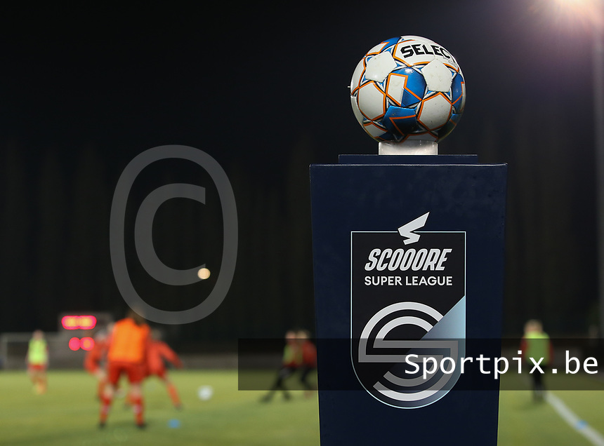Match ball pictured during the warm up before a female soccer game between FC Femina White Star Woluwe and Club Brugge YLA on the eleventh matchday of the 2020 - 2021 season of Belgian Scooore Womens Super League , Friday 22 January 2021  in Woluwe , Belgium . PHOTO SPORTPIX.BE | SPP | SEVIL OKTEM