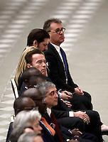 L'attore nato in Austria e naturalizzato statunitense, ex Governatore della California, Arnold Schwarzenegger (c) attende l'inizio dell'udienza generale del mercoledì in aula Paolo VI in Vaticano, 25 gennaio 2017.<br /> Austrian born US actor and former governor of California Arnold Schwarzenegger (fourth from left) attends Pope Francis weekly general audience in Paul VI Hall at the Vatican, on January 25, 2017.<br /> UPDATE IMAGES PRESS/Isabella Bonotto<br /> STRICTLY ONLY FOR EDITORIAL USE