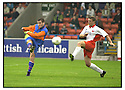 26th August 2000          Copyright Pic : James Stewart . File Name : stewart02-stirling v queens park              .FRANKIE CARROLL SCORES QUEENS PARK GOAL.....Payments to :-.James Stewart Photo Agency, Stewart House, Stewart Road, Falkirk. FK2 7AS      Vat Reg No. 607 6932 25.Office : 01324 630007        Mobile : 0421 416997.E-mail : JSpics@aol.com.If you require further information then contact Jim Stewart on any of the numbers above.........