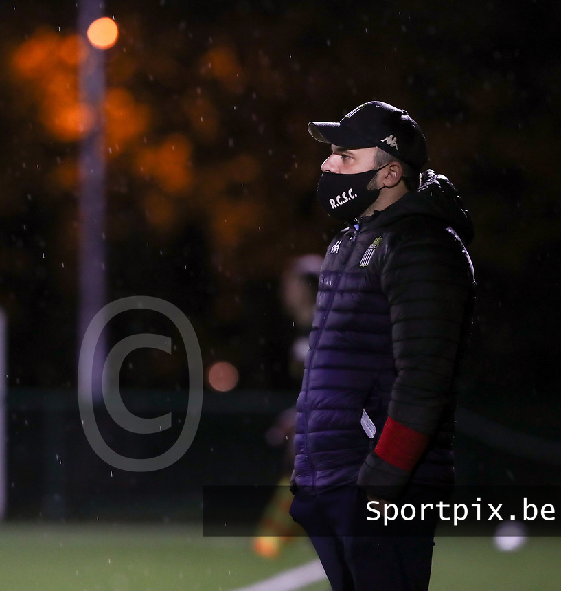 Head Coach Tiziano Rutilo (Charleroi) pictured during a female soccer game between Oud Heverlee Leuven and Sporting de Charleroi on the seventh matchday of the 2020 - 2021 season of Belgian Womens Super League , sunday 15 th of November 2020  in Heverlee , Belgium . PHOTO SPORTPIX.BE | SPP | SEVIL OKTEM