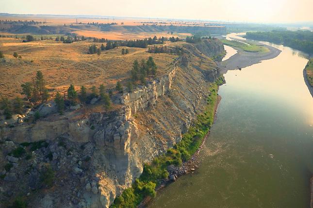 Cliffs along Yellowstone River