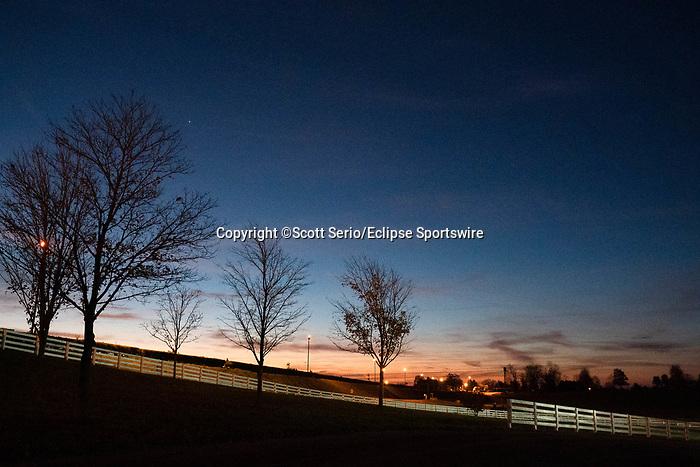 November 5, 2020: The sun rises over Keeneland Racetrack in Lexington, Kentucky on November 5, 2020. Scott Serio/Eclipse Sportswire/Breeders Cup/CSM
