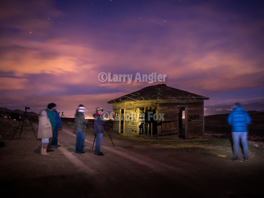 Preparing for night/astro photography with Rachid Dahnoun along a dark desert highway–-Workshops and hands' on classes at STW XXXI, Winnemucca, Nevada, April 10, 2019.<br /> .<br /> .<br /> .<br /> .<br /> @shootingthewest, @winnemuccanevada, #ShootingTheWest, @winnemuccaconventioncenter, #WinnemuccaNevada, #STWXXXI, #NevadaPhotographyExperience, #WCVA