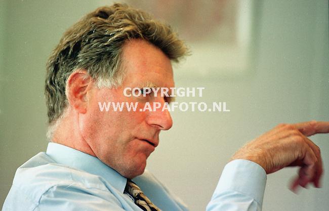 eindhoven dhr. droog directeur epz<br />foto frans ypma APA-foto