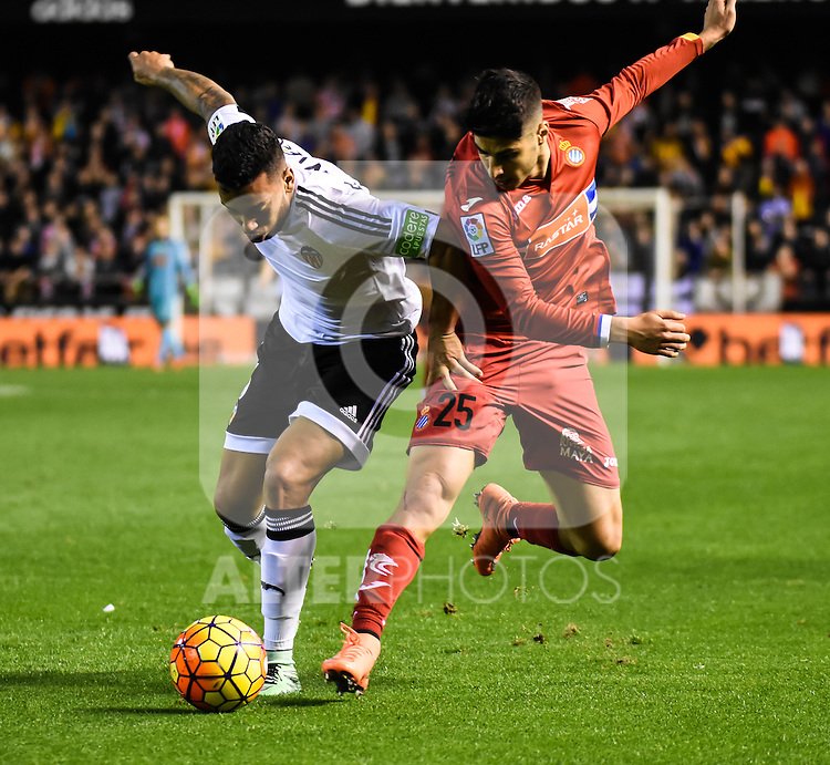 Valencia's  Ruben Vezo  and RCD Espanyol's Marco Asensio  during La Liga match. February 13, 2016. (ALTERPHOTOS/Javier Comos)