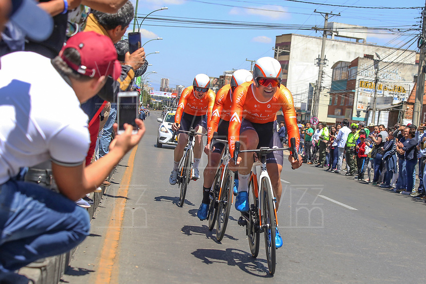 TUNJA - COLOMBIA, 11-02-2020: RALLY CYCLING, USA durante la primera etapa del Tour Colombia 2.1 2020 con un recorrido de 16,7 km CRE, que se corrió con salida y llegada enTunja, Boyacá. / RALLY CYCLING, USA during the first stage of 16,7 km TTT of Tour Colombia 2.1 2020 that ran with start and arrival in Tunja, Boyaca.  Photo: VizzorImage / Darlin Bejarano / Cont