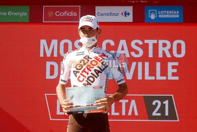 Clément Champoussin (FRA) AG2R-Citroën Team wins Stage 20 of La Vuelta d'Espana 2021, running 202.2km from Sanxenxo to Mos, Spain. 4th September 2021.    <br /> Picture: Luis Angel Gomez/Photogomezsport   Cyclefile<br /> <br /> All photos usage must carry mandatory copyright credit (© Cyclefile   Luis Angel Gomez/Photogomezsport)