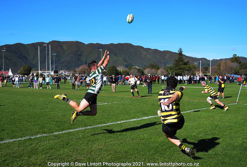 Action from the Wellington Under-85 Tony O'Brien Shield rugby final between Old Boys University and Wellington Axemen at Hutt Recreation Ground in Lower Hutt, New Zealand on Saturday, 31 July 2021. Photo: Dave Lintott / lintottphoto.co.nz