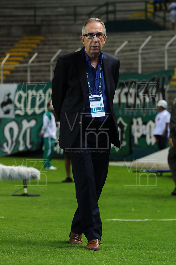 PALMIRA - COLOMBIA - 14 - 03 - 2018: Gerardo Pelusso, técnico de Deportivo Cali, durante partido entre Deportivo Cali y Once Caldas de la fecha 8 por la liga Aguila I 2018, jugado en el estadio Deportivo Cali (Palmaseca) en la ciudad de Palmira. / Gerardo Pelusso, coach of Deportivo Cali, during a match between Deportivo Cali and Once Caldas of the 8th date for the Liga Aguila I 2018, at the Deportivo Cali (Palmaseca) stadium in Palmira city. Photo: VizzorImage  / Nelson Rios / Cont.