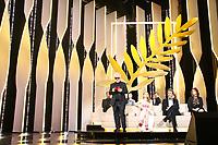 Pablo Almodovar, Jessica CHASTAIN, FAN Bingbing, Maren ADE, Agnès JAOUI, PARK Chan-Wook, Will SMITH, Paolo SORRENTINO, Gabriel YARED JURY POUR LES RECOMPENSES 2017, soixante-dixième (70ème) Festival du Film à Cannes, Palais des Festivals et des Congres, Cannes, Sud de la France, dimanche 28 mai 2017. Philippe FARJON / VISUAL Press Agency