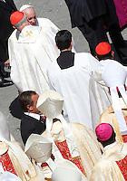 Papa Francesco saluta i cardinali al termine della messa per la canonizzazione di Madre Teresa di Calcutta in Piazza San Pietro, Citta' del Vaticano, 4 settembre 2016.<br /> Pope Francis greets cardinals at the end of a mass for the canonization of Mother Teresa in St. Peter's Square at the Vatican, 4 September 2016.<br /> <br /> UPDATE IMAGES PRESS/Isabella Bonotto<br /> <br /> STRICTLY ONLY FOR EDITORIAL USE