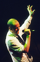 The Tragically Hip - Ancienne Belgique (AB) - Brussel - Belgium - 06/06/2000<br /> Gordon Downie<br /> Photo:KNIPS/DALLE