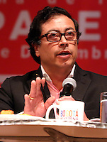 BOGOTÁ -COLOMBIA. 09-12-2013. Gustavo Petro, Alcalde de Bogotá, Colombia, fue destituido por la Procuraduría General de La Nación e inhabilitado por 15 años para ejercer puestos públicos. Petro se encontraba en un foro por la Transparencia en Compañía del Ministro de Justicia Alfonso Gomez Mendez / Gustavo Petro Mayor of Bogota D.C., Colombia, was removed by the Attorney General of the Nation and disquialified for 15 years to perform public office. Petro was in a forum for the Transparency in company of the Justice Minister Alfonso Gomez Mendez. Photo: VizzorImage/ Ignacio Petro/ Alcaldia de Bogota / Cont.  HANDOUT PICTURE; THIS PICTURE IS DISTRIBUITED AS A SERVICE TO SUBSCRIBERS/ MANDATORY USE EDITORIAL ONLY/ NO SALES / NO ADVERTISEMENT
