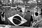 Ato público a favor da Anistia, Praça da Sé, SP. 1979. Foto de Juca Martins. Data. 1979.
