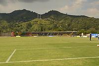 ITAGÜI - COLOMBIA, 19-09-2020: Leones F.C. y Valledupar F.C., en partido por la fecha 8 de la Torneo BetPlay DIMAYOR I 2020, jugado en el estadio Metropolitano de Itagüi, de la ciudad de Itagüi. / Leones F.C. and Atletico Huila in match between Leones F.C. and Valledupar F.C., for the date 8 of the BetPlay DIMAYOR Tournament I 2020 played at the Metropolitano de Itagüi Stadium in Itagüi city.  Photo: VizzorImage / Luis Benavides / Cont