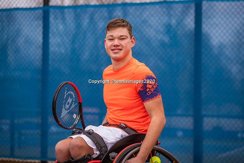 Amstelveen, Netherlands, 8-12-2020, NTC, National Tennis Center, Photoshoot, KNLTB new look, wheelchair tennis player Gino Hamel (NED)