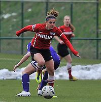 RSC Anderlecht Dames - PSV / FC Eindhoven : Danielle van de Donk aan de bal .foto David Catry / Vrouwenteam.be