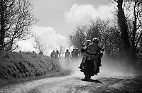 The TV-camera moto proceeding the riders throws up a lot of dust for the riders to race through over the infomous gravel sections of the 33th Tro Bro Léon 2016