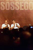 O gov do Pará Simão Jatene e o presidente Luiz Inácio Lula da Silva durante evento em auditório na inauguração industria de beneficiamento de cobre do Sossego da Cia Vale do Rio Doce . <br />Canaã dos Carajás, Pará Brasil.<br />02/07/2004.<br />Foto Paulo Santos/Interfoto