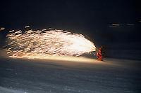 Europe/France/Rhône-Alpes/38/Isère/l'Alpe-d'Huez: Lors de la descente au flambeau avec les moniteurs de l'école de ski